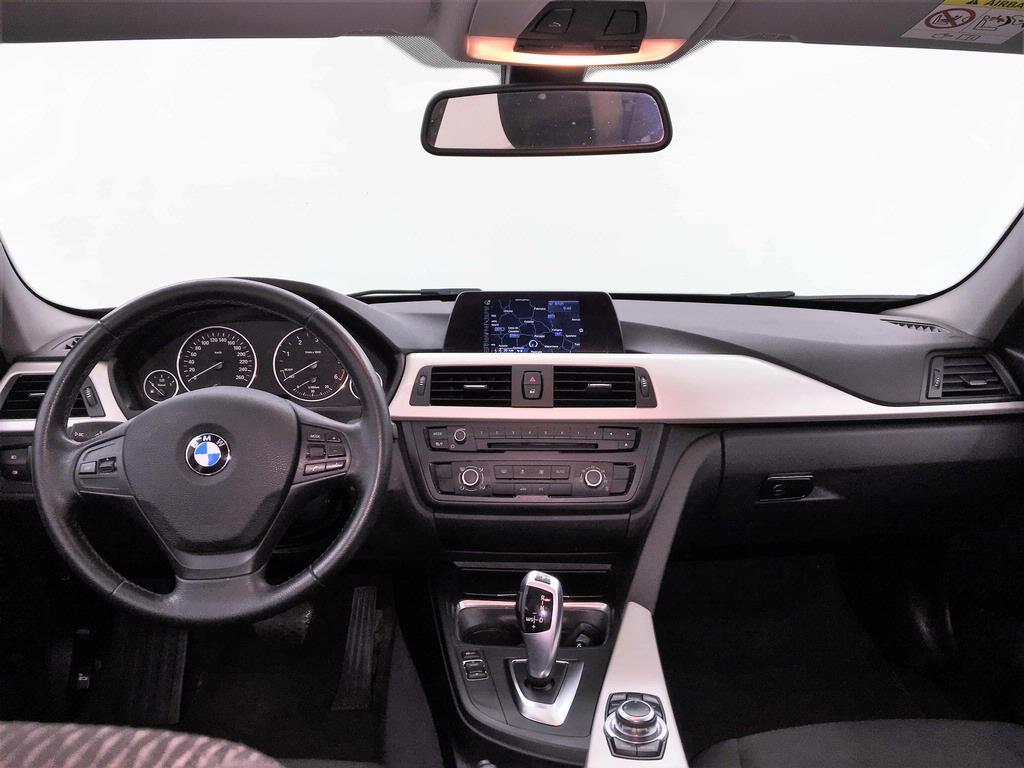 BMW - 318 D TOUR TOURING BUSINESS AUT